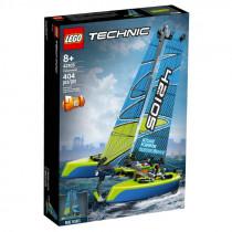Lego Technic Catamaran