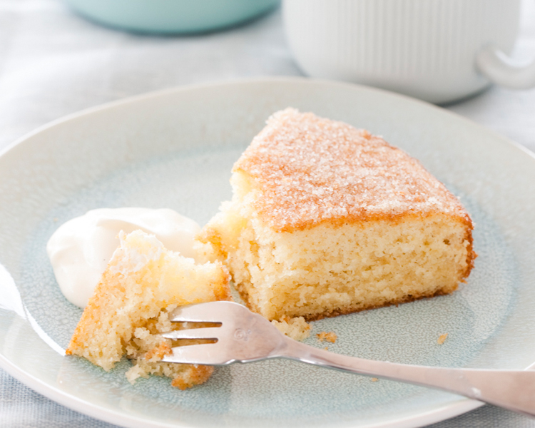 Heilala Vanilla Bean Teacake with Vanilla Sugar Topping