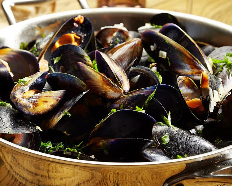 Moana Pacific Coconut Milk Steamed Mussels