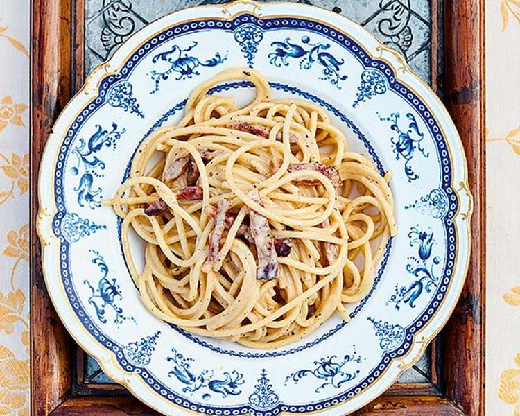 Jamie Oliver's Classic Carbonara With Crunchy Porchini Mushrooms