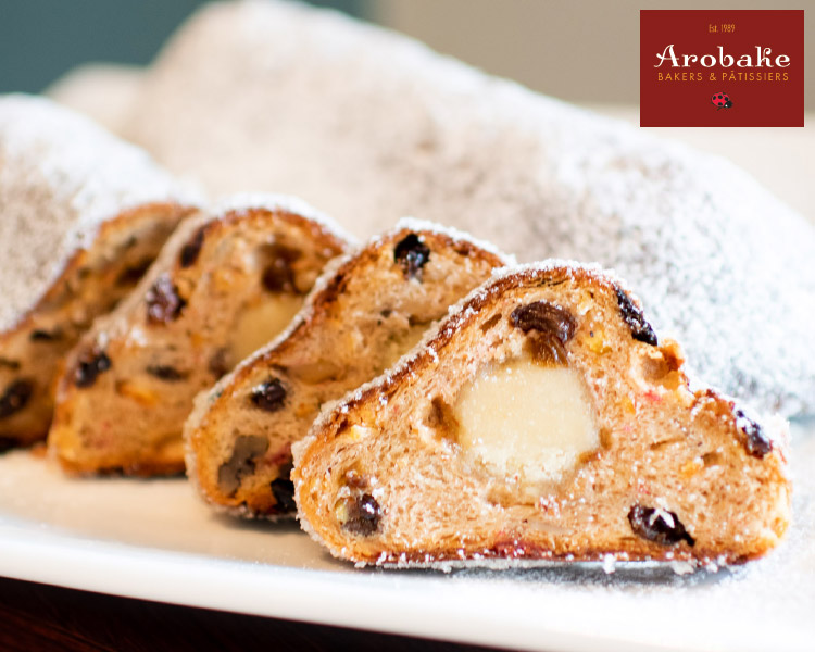 Arobake Weihnachts Stollen with Marzipan